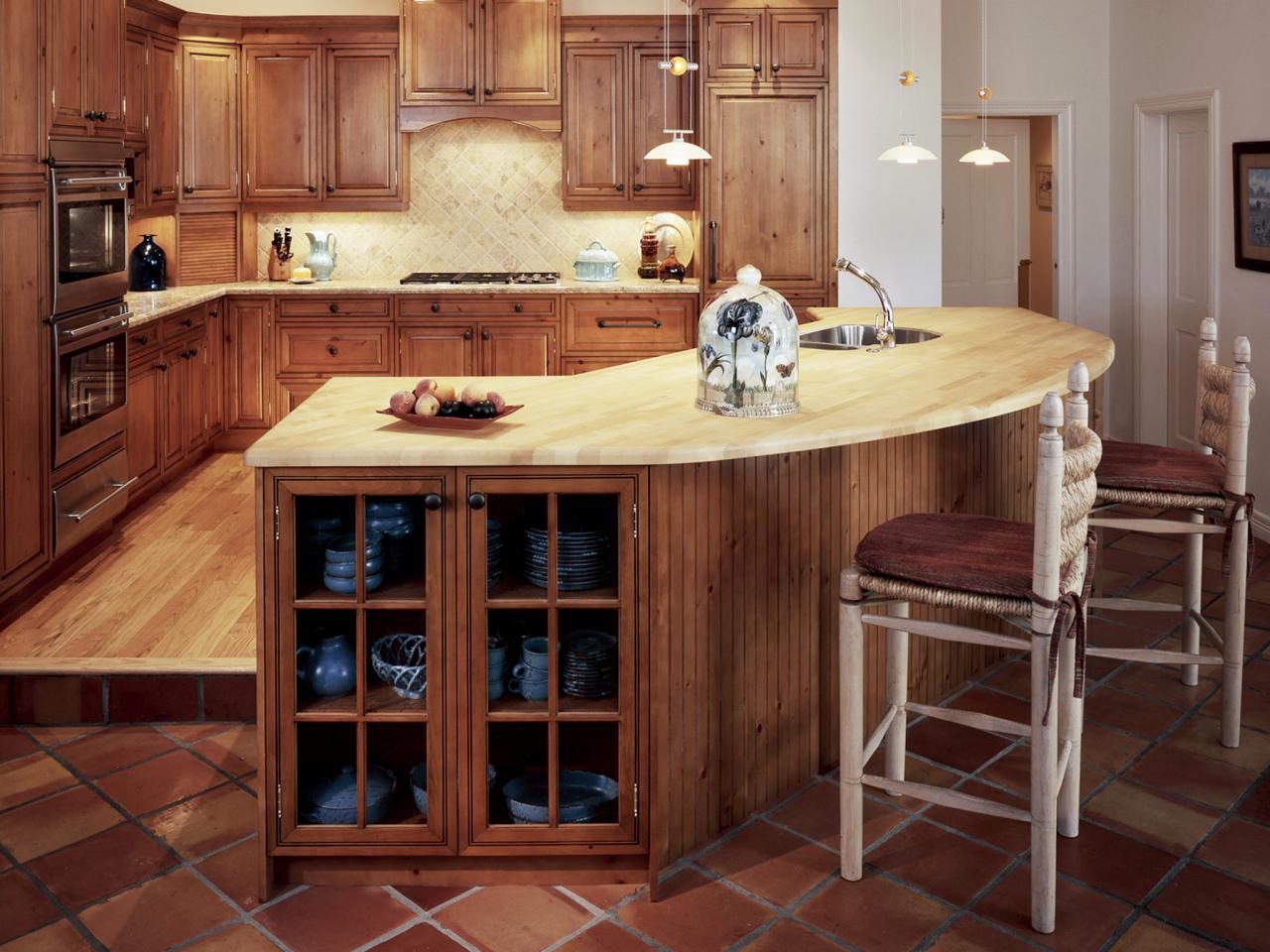 tủ bếp gỗ thông 2