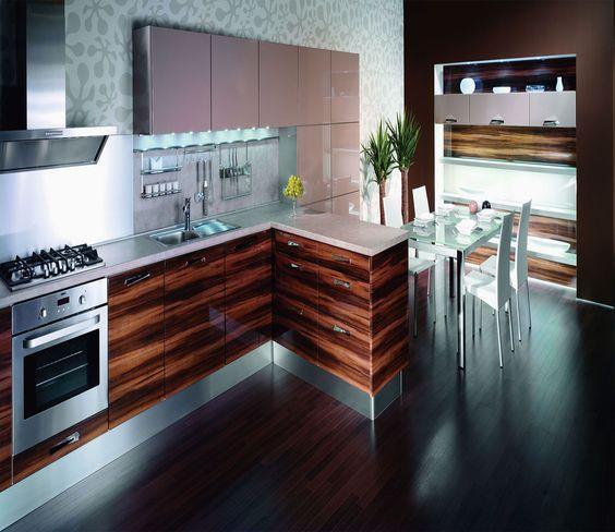 Tủ bếp UV bóng gương