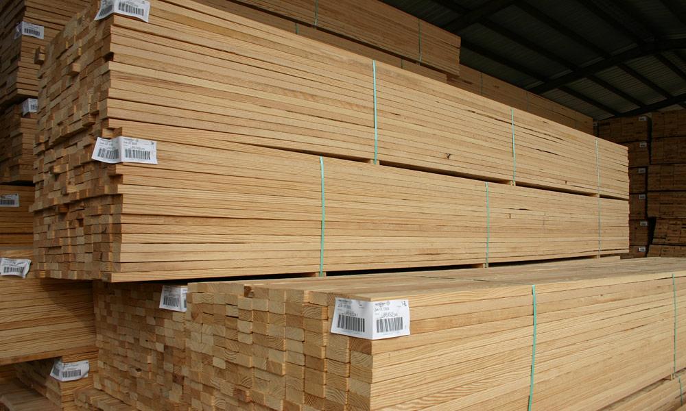 gỗ thông xẻ thanh